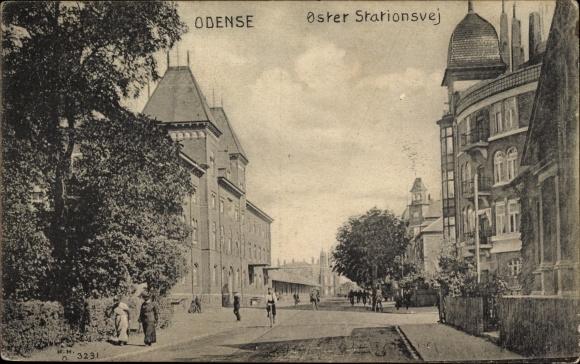 Ak Odense Dänemark, Oster Stationsvej, Straßenpartie