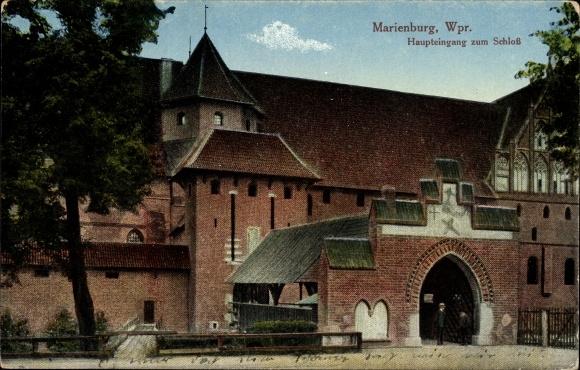 Ak Malbork Marienburg Westpreußen, Haupteingang zum Schloss