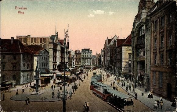 Ak Wrocław Breslau Schlesien, Straßenpartie am Ring, Straßenbahn, Passanten
