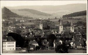 Foto Ak Schlüchtern im Main Kinzig Kreis, Blick auf Stadt und Umgebung