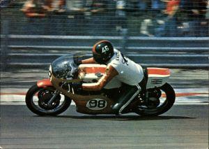 Ak Australischer Rennfahrer John Eckerold auf einem Motorrad, Yamaha 750 TZ, Nummer 98