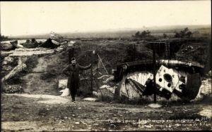 Ak Fort Loncin Belgien, Belgischer Soldat, Haubitze, Kanone, obusier, canon, I. WK