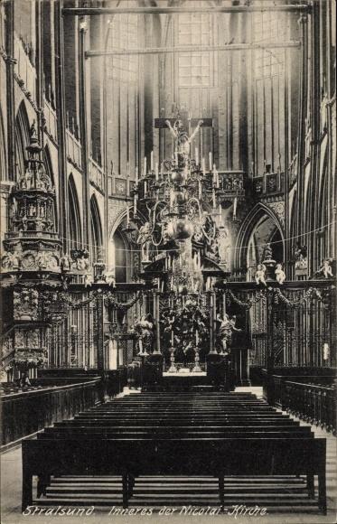 Ak Stralsund in Mecklenburg Vorpommern, Inneres der Nicolai Kirche