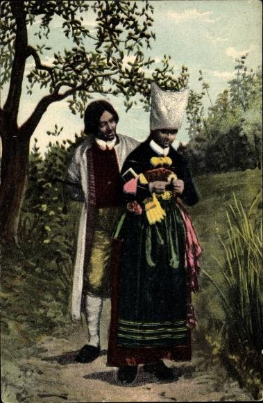 Ak Vingaker i Södermanland, Mann und Frau in schwedischen Volkstrachten