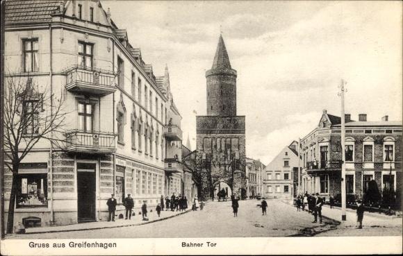 Ak Gryfino Greifenhagen Pommern, Bahner Tor, Straßenpartie