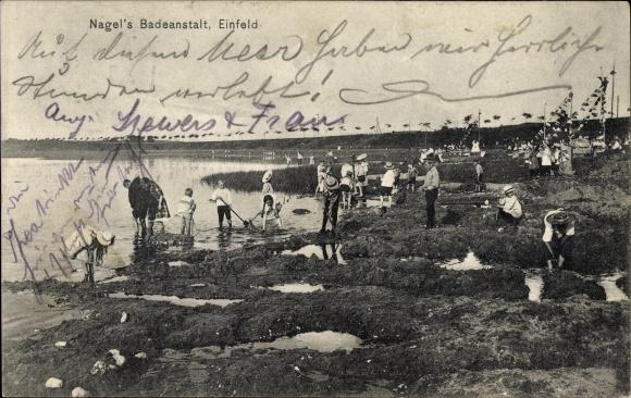 Ak Einfeld Neumünster in Schleswig Holstein, Nagels Badeanstalt, Besucher