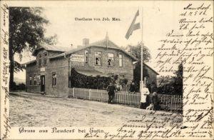Ak Neudorf Eutin in Ostholstein, Gasthaus von Johannes Mau, Außenansicht von der Straße