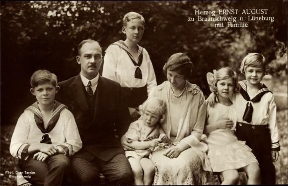 Ak Herzog Ernst August von Braunschweig u. Lüneburg, Prinzessin Viktoria Luise, Kinder