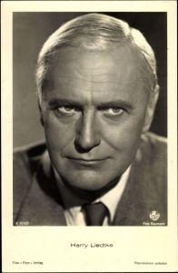 Ak Schauspieler Harry Liedtke, Portrait im Anzug