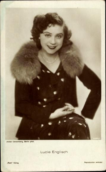 Ak Schauspielerin Lucie Englisch, Portrait, Pelzkragen, Ross Verlag 5685 1