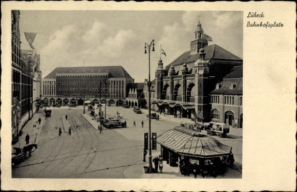 Ak Lübeck in Schleswig Holstein, Blick auf den Bahnhofsplatz