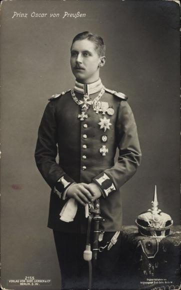 Ak Oskar Prinz von Preußen, Portrait in Uniform, Orden, Liersch 2155