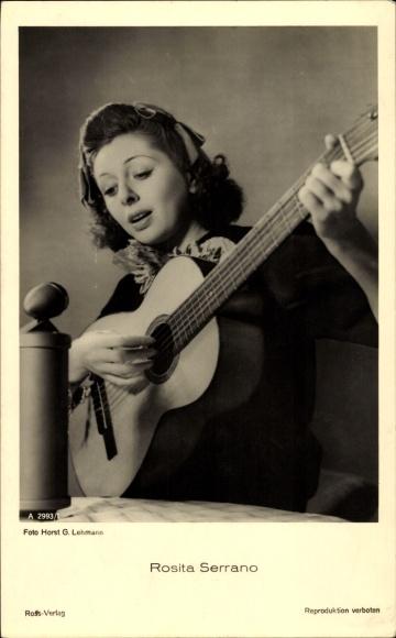 Ak Schauspielerin Rosita Serrano, Portrait mit Gitarre, Ross Verlag A 2993 1