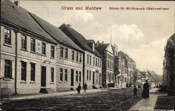 Ak Malchow in Mecklenburg, Güstrowstraße, Schule für Militärmusik