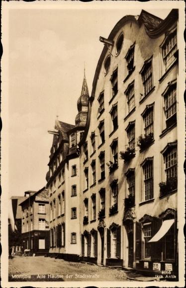 Ak Monschau Montjoie in der Eifel, Alte Häuser der Stadtstraße