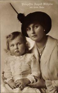 Ak Alexandra Viktoria von Schleswig Holstein Sonderburg Glücksburg mit Sohn, NPG 5003