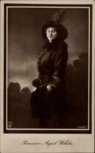 Ak Alexandra Viktoria von Schleswig Holstein Sonderburg Glücksburg, Portrait mit Hut, NPG 4604