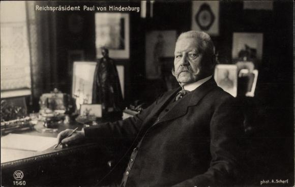 Ak Generalfeldmarschall Paul von Hindenburg, Reichspräsident, Portrait