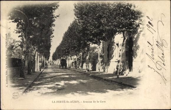 Ak La Ferté St. Aubin Loiret, Avenue de la Gare