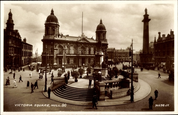 Ak Kingston upon Hull East Riding of Yorkshire England, Victoria Square, Denkmal, Straßenansicht