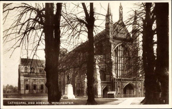 Ak Winchester South East, Cathedral and Avenue