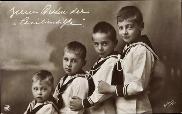 Ak Vier Söhne des deutschen Kronprinzenpaares, Cecilienhilfe, NPG