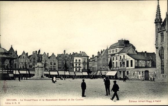 Ak Bruges Brügge Flandern Westflandern, La Grand'Place et le Monument Breidel et De Coninc