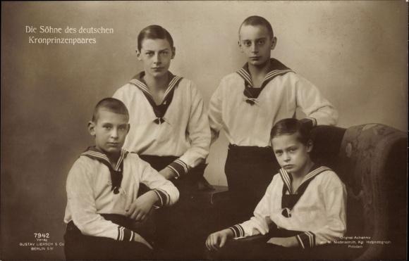 Ak Prinzen Wilhelm, Louis Ferdinand, Hubertus, Friedrich, Söhne von Kronprinz Wilhelm von Preußen