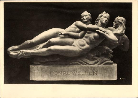 Ak Wiener Künstlerhaus, Plastik von Josef Müllner, Donauwellen, Frauenakt