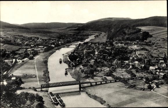 Ak Bodenwerder in Niedersachsen, Blick vom Bismarckturm auf den Ort mit Umgebung