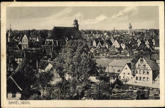 Ak Dinkelsbühl im Kreis Ansbach Mittelfranken, Teilansicht vom Ort mit Kirche
