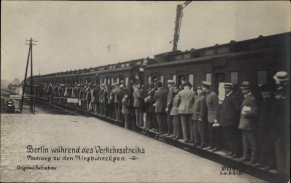 Ak Berlin, Verkehrsstreik 1919, Andrang zu den Ringbahnzügen