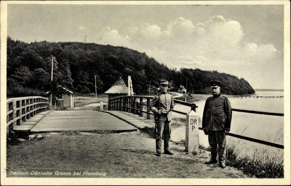 Ak Flensburg in Schleswig Holstein, Deutsch Dänische Grenze, Brücke