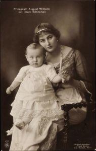 Ak Alexandra Viktoria von Schleswig Holstein Sonderburg Glücksburg mit Sohn, NPG 4726