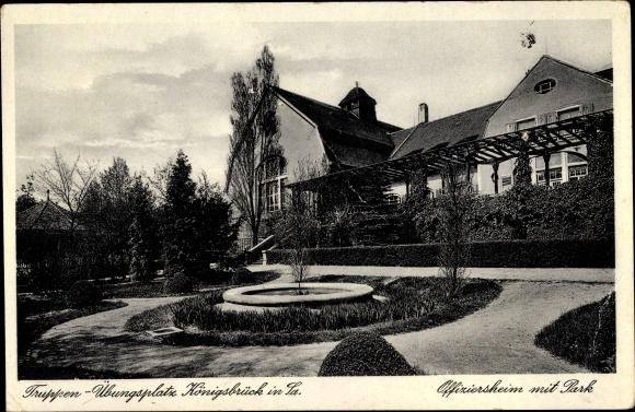 Ak Königsbrück in der Oberlausitz, Truppenübungsplatz, Offiziersheim mit Park