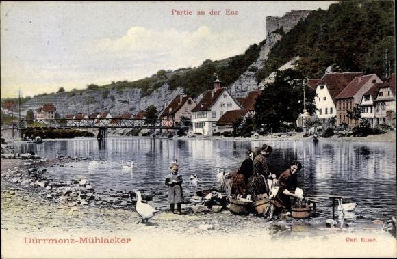 Ak Dürrmenz Mühlacker im Enzkreis, Partie an der Enz, Wäscherinnen