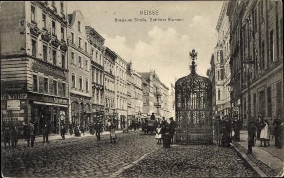 Ak Nysa Neisse Schlesien, Breslauer Straße, Schöner Brunnen