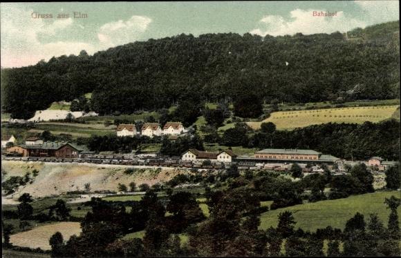 Ak Königslutter an der Elm, Bahnhof und die Umgebung, Güterwaggons