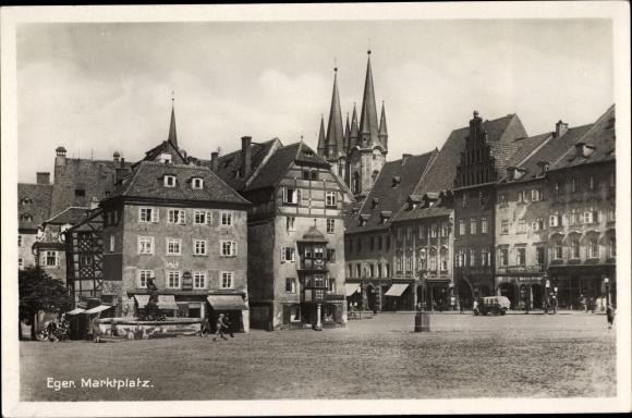Ak Cheb Eger Reg. Karlsbad, Marktplatz, Kirchtürme