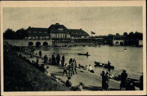Ak Hamburg Nord Winterhude, Uferpartie, Blick zur Stadthalle im Stadtpark