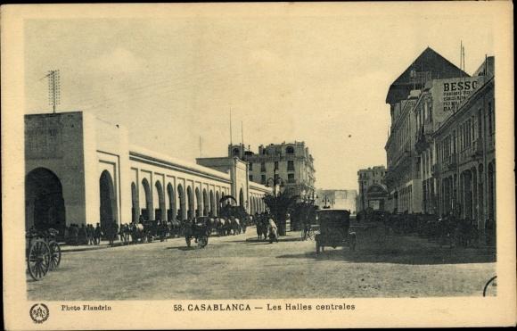 Ak Casablanca Marokko, Les Halles Centrales, Straßenpartie im Ort