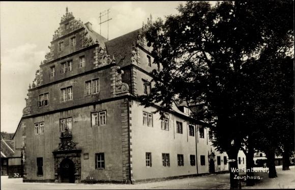Ak Wolfenbüttel in Niedersachsen, Blick auf das Zeughaus, Stadtansicht