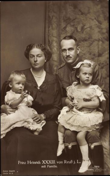 Ak Prinz Heinrich XXXIII. von Reuss jL mit Familie, Gruppenportrait, Liersch 7913
