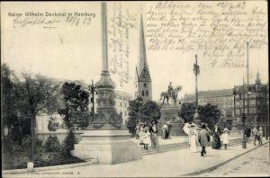 Ak Hamburg Mitte Altstadt, Straßenpartie mit Blick auf Kaiser Wilhelm Denkmal, Passanten