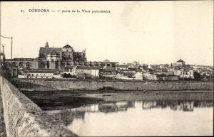 Ak Cordoba Andalusien Spanien, Panoramablick auf die Stadt