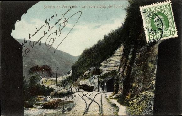 Ak Venezuela, La Pedrera vista del Tunnel, Eisenbahnstrecke, Tunneleinfahrt, Waggons