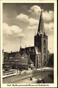 Ak Kiel in Schleswig Holstein, Marktplatz, Persianische Häuser, Nikolaikirche, Straßenbahn