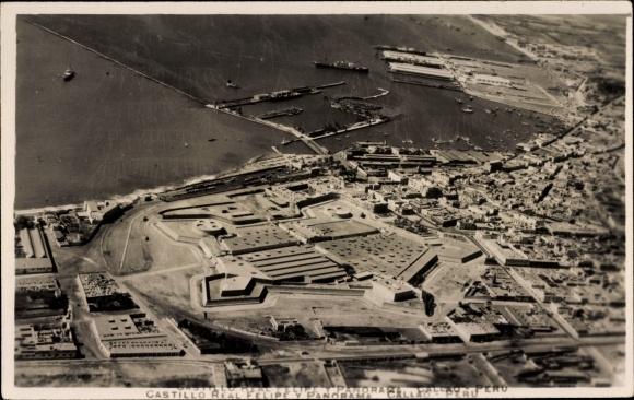 Foto Ak Callao Peru, Castillo Real Felipe y Panorama, Fliegeraufnahme, Festung, Hafen