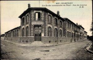 Ak Champigny sur Marne Val de Marne, Les Ecoles communales du Plant, Rue des Acacias, Ec. Maternelle