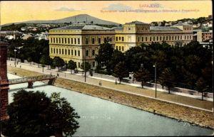 Ak Sarajevo Bosnien Herzegowina, Blick auf Gymnasium und Lehrerbildungsanstalt